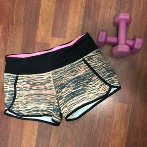 Lululemon Athletica Shorts • Size 6